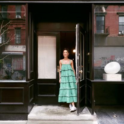 Ανακαλύψτε το νέο dream showroom της Anna Karlin στο Μανχάταν