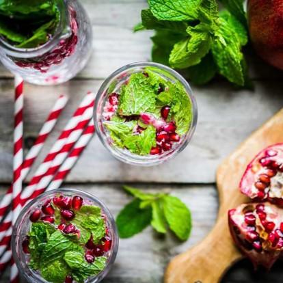 10 συνταγές για πεντανόστιμα αντιοξειδωτικά ροφήματα με βάση το νερό