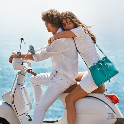 Romantic Getaway: Τι να πάρετε μαζί σας στη βαλίτσα