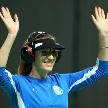 Γνωρίστε την παγκόσμια πρωταθλήτρια σκοποβολής Άννα Κορακάκη