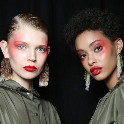 Τα makeup tricks για μεγαλύτερα και πιο ζουμερά χείλη στη στιγμή