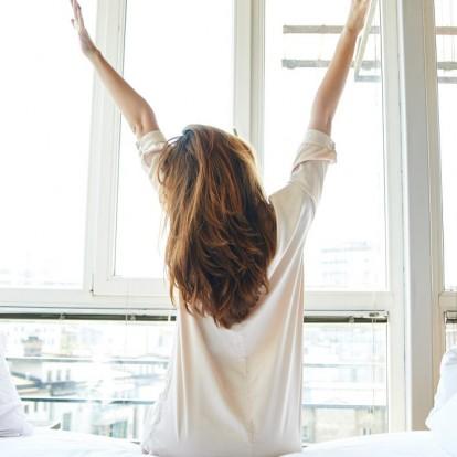 5 πρωινά stretches που θα σας γεμίσουν ενέργεια