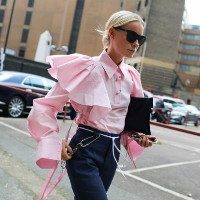 Puff sleeves: πώς να φορέσετε τα μανίκια των 80's