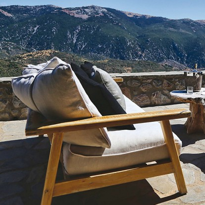 Ένα mountain resort στην Αράχωβα με εντυπωσιακή αισθητική