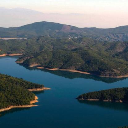 4 λίμνες της Ελλάδας σας περιμένουν να τις ανακαλύψετε