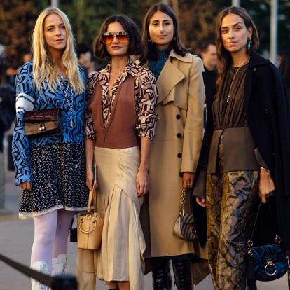 PFW: Τα street style looks που ξεχώρισαν στο Παρίσι