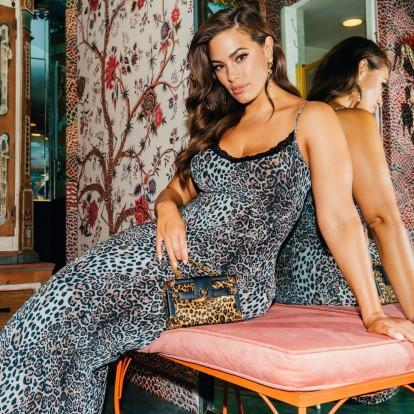H εκθαμβωτική Ashley Graham αποθεώνει το plus size πρότυπο ομορφιάς
