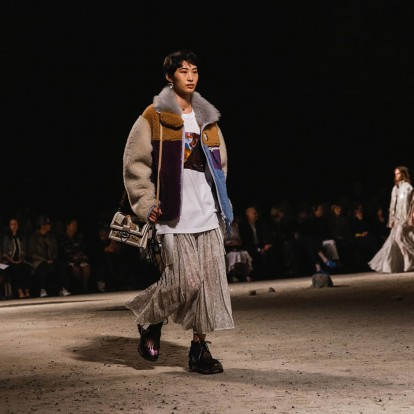 Μάθετε ποιο brand σταμάτησε να χρησιμοποιεί γούνα και άλλα νέα της μόδας