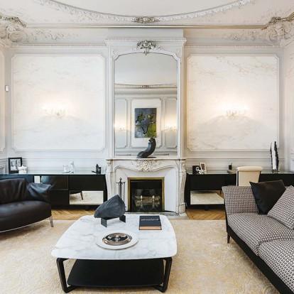Ένα παριζιάνικο διαμέρισμα που θυμίζει ατελιέ υψηλής ραπτικής