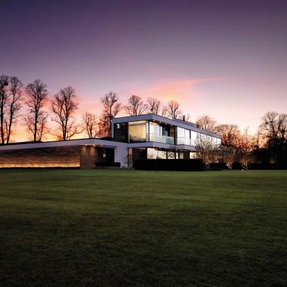 Μία κατοικία στο Berkshire αναδεικνύει τη μαγεία του βρετανικού τοπίου