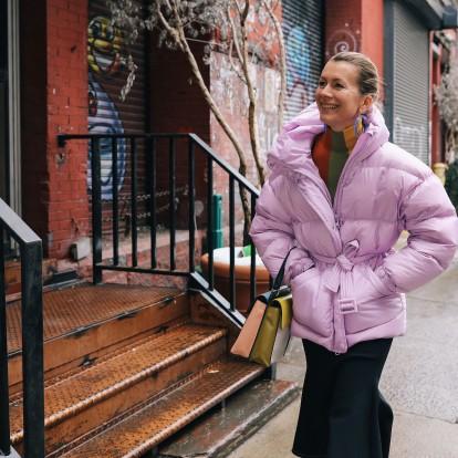 Look of the week: Το μπουφάν που κάνει θραύση στα street style looks