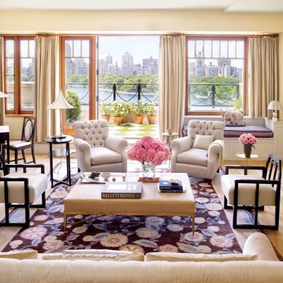 Μία ματιά στο τέλειο σπίτι και τον κήπο της Bette Midler στο Manhattan