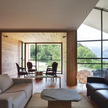 Το Mineral Lodge είναι ένα πέτρινο καταφύγιο των βράχων στη Σαβοΐα