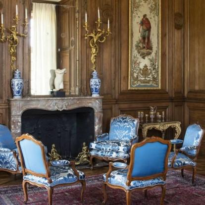 Ένα συγκλονιστικό αρχοντικό που αποθεώνει τη γαλλική διακόσμηση