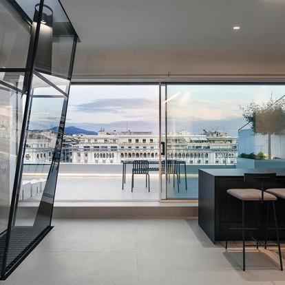 The upper floor: Ένα σύγχρονο διαμέρισμα στην καρδιά της Θεσσαλονίκης