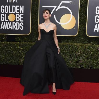 Πως συνδυάζουν οι διάσημες τα φορέματα με τα παντελόνια τους