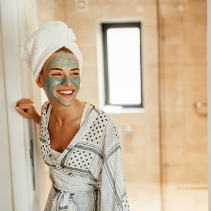 Οι ενυδατικές μάσκες θα σώσουν το δέρμα σας από το κρύο του χειμώνα