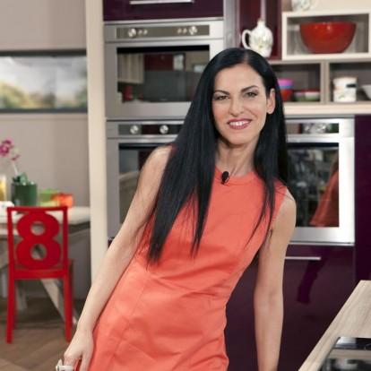 Η Ελένη Ψυχούλη μας μιλάει για τις δικές της αξίες και τις γεύσεις της Ελλάδας