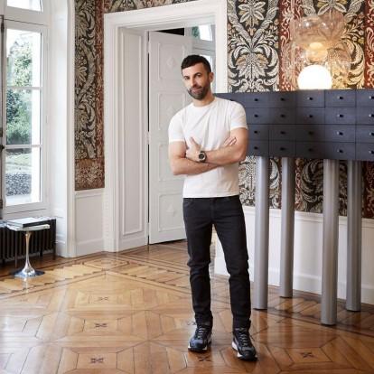 Οι υψηλής αισθητικής χώροι στο Παρίσι όπου ο Nicolas Ghesquière ζει και εργάζεται