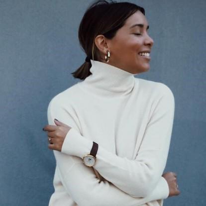Ευσταθία Τζόβα: Ένα φρέσκο street-style girl και τα beauty μυστικά του