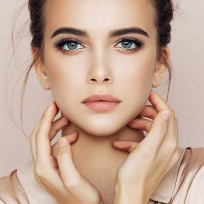 Τα μυστικά για flawless skin από μια διάσημη beauty editor