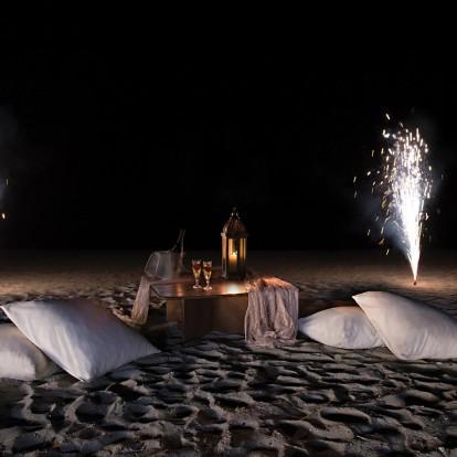 Σ' έναν ονειρεμένο γάμο πλάι στη θάλασσα ζήσαμε κάτι ξεχωριστό