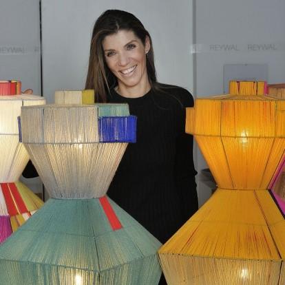 H Τζόη Σταθοπούλου μας συστήνει τα περίφημα χειροποίητα φωτιστικά της