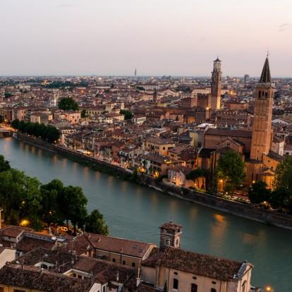 Η ιταλική πόλη που γιορτάζει τον Άγιο Βαλεντίνο περισσότερο από κάθε άλλη