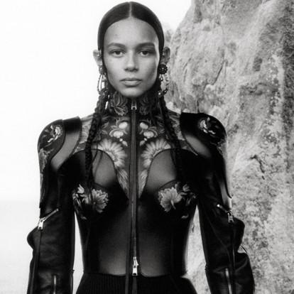 Ένα fashion film αφιερωμένο στο ταξίδι της γυναίκας