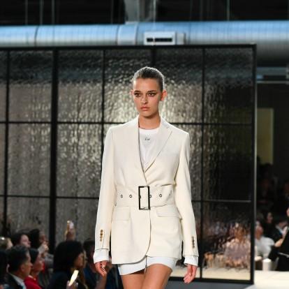 Less is more: Ο κόσμος της μόδας υμνεί τον μινιμαλισμό
