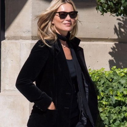 Φορέστε το μαύρο χρώμα όπως η Kate Moss