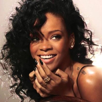 Υιοθετήστε το everyday makeup look της Rihanna