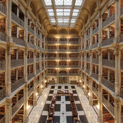 Στα ομορφότερα βιβλιοπωλεία στον κόσμο θα βρείτε κι ένα στην Ελλάδα