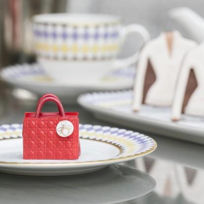 Απολαύστε απογευματινό τσάι στο Λονδίνο με άρωμα Christian Dior