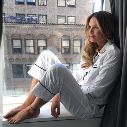 Αυτό είναι το μυστικό ομορφιάς της Elle Macpherson