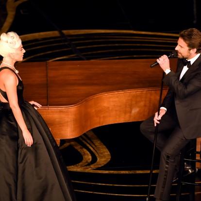 Η Lady Gaga και ο Bradley Cooper ερμήνευσαν το Shallow στη σκηνή των Oscars