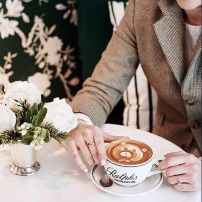 Καφές με άρωμα Ralph Lauren στο Παρίσι με αφορμή τη Fashion Week