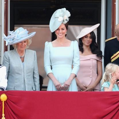 Royal ladies: Ποια hot χρώματα της σεζόν φόρεσαν πρώτες οι γαλαζοαίματες