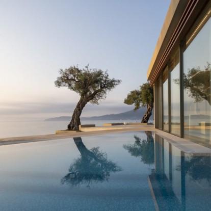 Τα 12 κορυφαία ελληνικά ξενοδοχεία σε νησιά που ξεχωρίζουν για το design τους