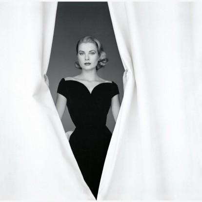 Το μουσείο του Christian Dior υμνεί το στιλ της Grace Kelly με μια μοναδική έκθεση