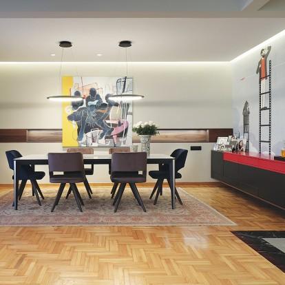 Μια σύγχρονη κατοικία στην καρδιά της Θεσσαλονίκης απέκτησε δυναμικό χαρακτήρα και προσωπικότητα με τον υψηλής αισθητικής σχεδιασμό της Kaput Design