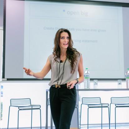 9+1 Tips για μια πετυχημένη ομιλία από τη Speaker Coach Έλενα Παπαδοπούλου