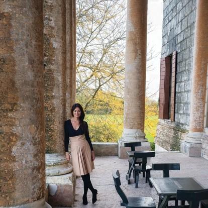 Μια ματιά στην αρχοντική & φίνα κατοικία της μαγείρισσας Mimi Thorisson, που μας μιλάει αποκλειστικά για το πρώτο της βιβλίο