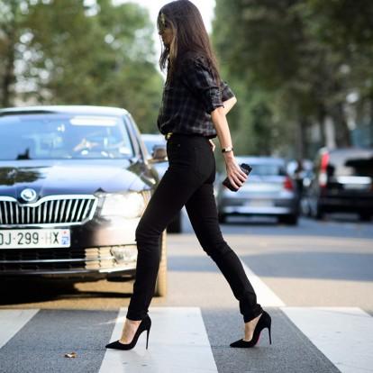 Διατηρήστε το χρώμα στα μαύρα σας jeans για περισσότερο καιρό