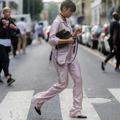 Πώς να υιοθετήσετε το easy chic και άνετο pyjama look