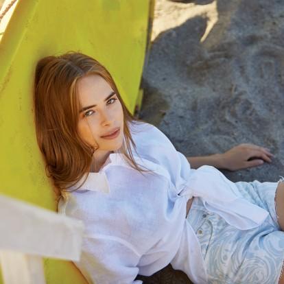 Αναστασία Τσιλιμπίου: Η ηθοποιός της Generation Z μάς μιλάει για τη νέα πολυαναμενόμενη σειρά που πρωταγωνιστεί