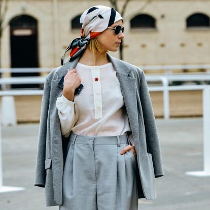 Headscarves: Η νέα τάση που επιλέγουν οι ειδικοί του street style